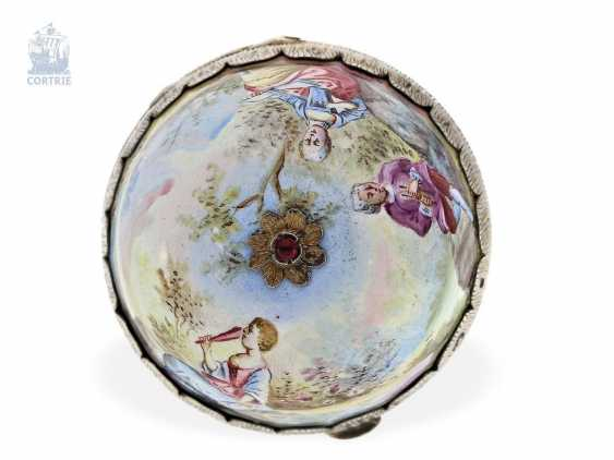 Anhängeuhr/Formuhr: exceptionally large enamel Formuhr with elaborate enamel magnifying glass paintings in the Watteau style, Vienna around 1820 - photo 4