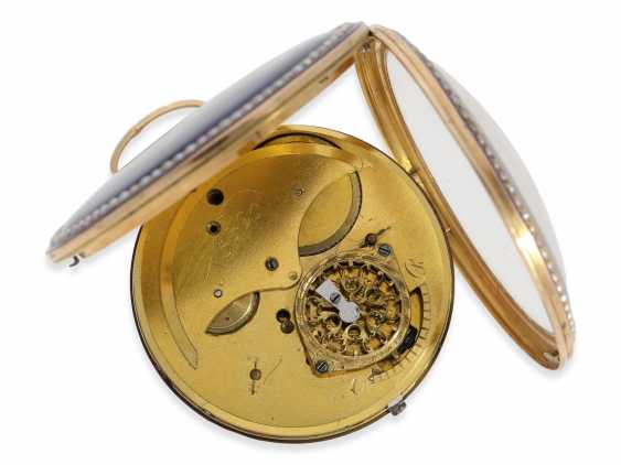 Pocket watch: very large Gold/enamel Spindeluhr with beaded trim and with the original Gold/enamel Chatelaine, probably Compagnie Duchene CA. 1790 - photo 5