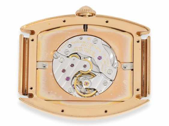 """Armbanduhr: hochwertige, roségoldene Herrenuhr in 18K Gold, Vacheron & Constantin """"Historic 1912"""" Barrel, Limited Edition mit Originalpapieren und Originaletui von 1998 - photo 2"""
