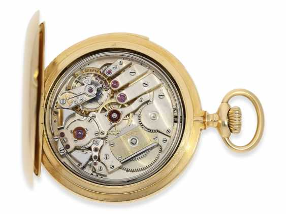 Pocket watch: gold savonnette of exquisite quality, minute repeater, chronometer maker Rodanet, Paris, No. 15351, caliber, presumably, Audemars Piguet, CA. 1910 - photo 4