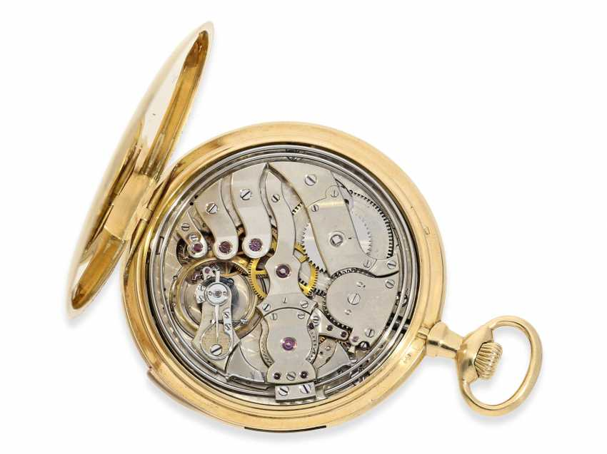 Pocket watch: exquisite, small and very fine Frackuhr with minute repeater, Audemars Piguet, Brassus & Genève, No. 8995, CA. 1900 - photo 3