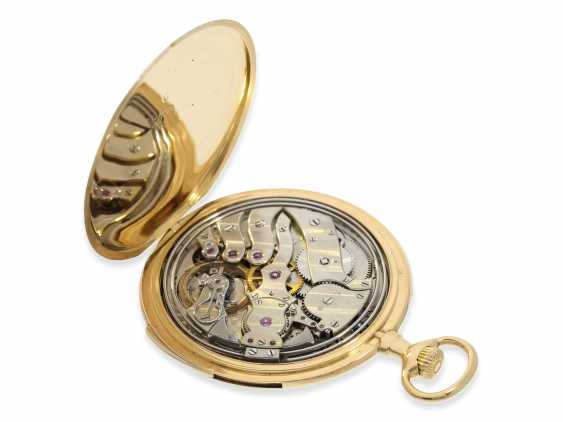 Pocket watch: exquisite, small and very fine Frackuhr with minute repeater, Audemars Piguet, Brassus & Genève, No. 8995, CA. 1900 - photo 4