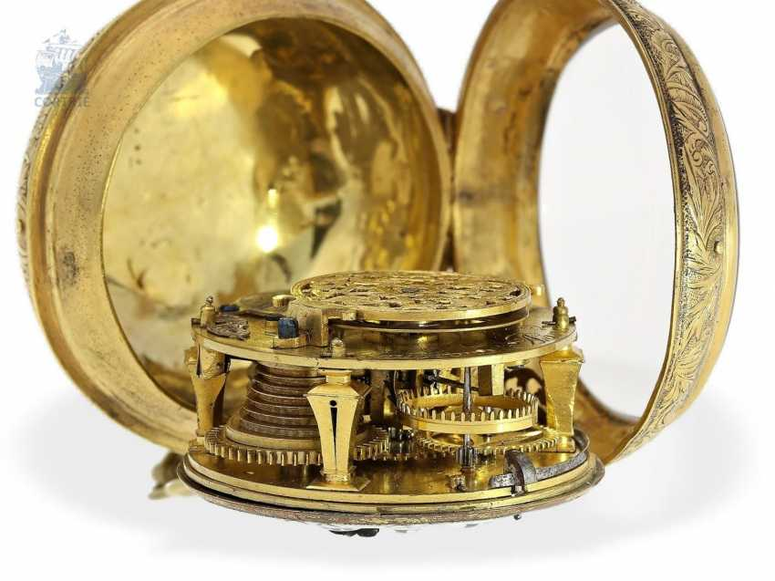Pocket watch: fine Louis XIV Oignon, from the Hand of the Hofuhrmachers of the Duc d'orleans and the king of France, Gaudron, Paris, 1710 - photo 2