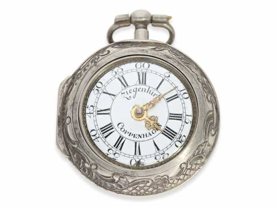 Pocket watch: exceptional and very rare, early German-Danish double case repoussé technology Spindeluhr to 1720, Ernst Nicolai goats Copenhagen No. 201,1 shepherd. Master in Copenhagen, originally from Uelzen, Northern Germany, native, recorded from 1692 - photo 2