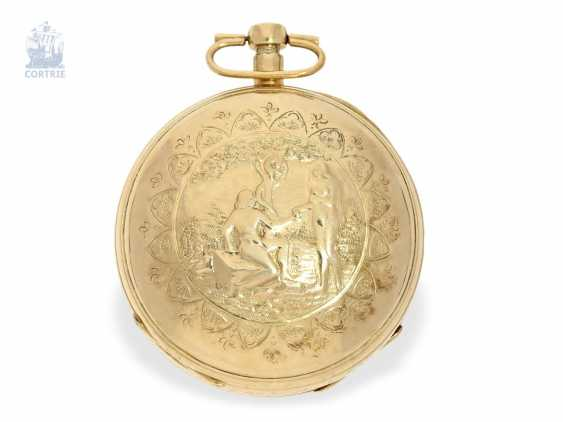 Pocket watch: unusual, large Vienna Percussion pocket watch with repoussé technology-case and the figure of automaton Jacquemart, Caspar Kaufmann in Vienna, around 1815 - photo 3