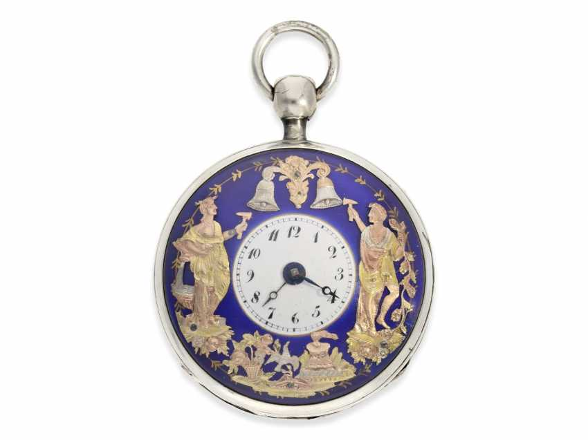 Pocket watch: large and superb Percussion pocket watch with 3-colored, exceptionally gorgeous figure automaton Jacquemart, CA. 1820 - photo 1