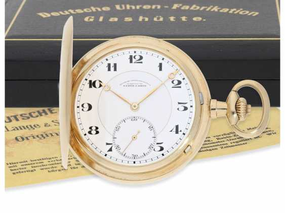 Pocket watch: fine, large, A. Lange & Söhne gold savonnette, No. 86303, with the master excerpt from the book and high-quality Box, CA. 1925 - photo 1