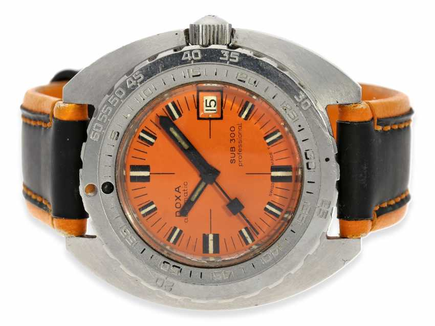 Watch: Doxa-Rare, 1. Series the legendary SUB 300 dive watch with original stainless steel strap, approx 1967 - photo 1