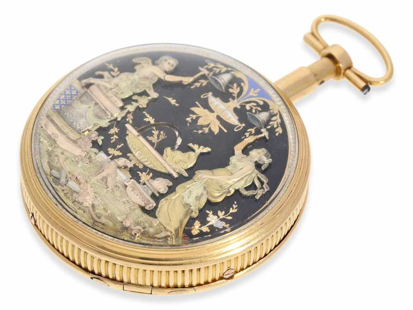 """Pocket watch: extremely rare, Museum-like pocket watch with back, multi-coloured gold automaton """"The fountain"""", probably Geneva, circa 1820 - photo 8"""