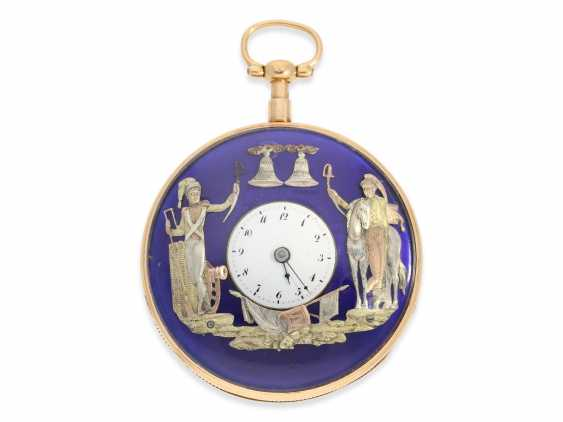 Pocket watch: extremely rare, very serious rose-gold-plated figure, automaton Jacquemart with military figures, No. 2934, CA. 1810 - photo 1