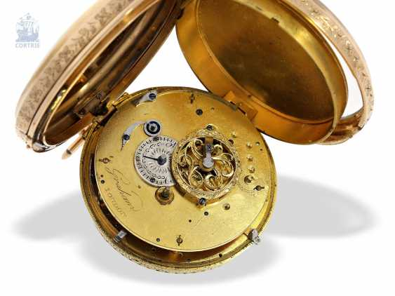 Pocket watch: rarity, only known to us figure automaton Jacquemart, with a coaxially stacked arrangement of the bell and dial, Switzerland Liege for the English market, around 1800 - photo 3