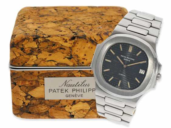 Watch: vintage Patek Philippe rare Ref. 3700/1, Nautilus Jumbo with original box, from 1. Hand, approx 1979 - photo 1