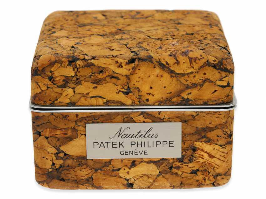 Watch: vintage Patek Philippe rare Ref. 3700/1, Nautilus Jumbo with original box, from 1. Hand, approx 1979 - photo 7