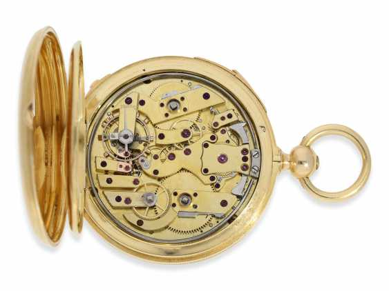 Pocket watch: very fine, technically complex gold savonnette with independent, anhaltbarer Seconde Morte, and quarter hour strike, Lepine Paris No. 6612, with original box, CA. 1840 - photo 4