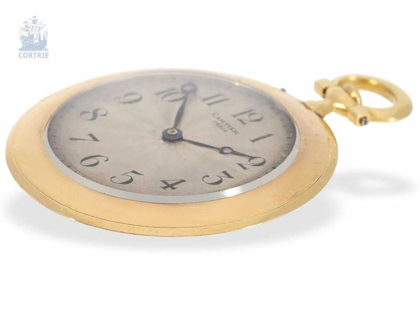 "Pocket watch: Cartier rarity, the smallest known Cartier, ""Montre Couteau"" with so-called ""Knife Edge""case, No. 1202, Paris, CA. 1905 - photo 4"