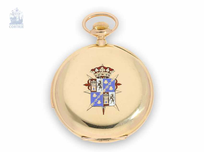 Pocket watch: unique Patek Philippe pocket watch with enamelled coat of arms, and a minute repeater, sold to Tiffany in 1901, with a special original box, and trunk book excerpt - photo 2