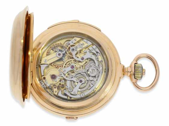 Pocket watch: Significant gold savonnette with 8 complications, a perpetual calendar, minute repeater, and a heavy matching watch chain, Audemars Piguet No. 48540, made for Dürrstein Dresden around 1900 - photo 6