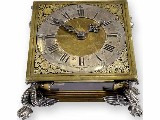 Desk clock: An early horizontal table clock with exceptional size and quality, George, Rudolf No. 1700, probably Gdansk, around 1670-1700 - photo 1