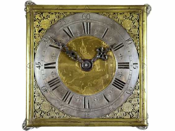 Desk clock: An early horizontal table clock with exceptional size and quality, George, Rudolf No. 1700, probably Gdansk, around 1670-1700 - photo 3