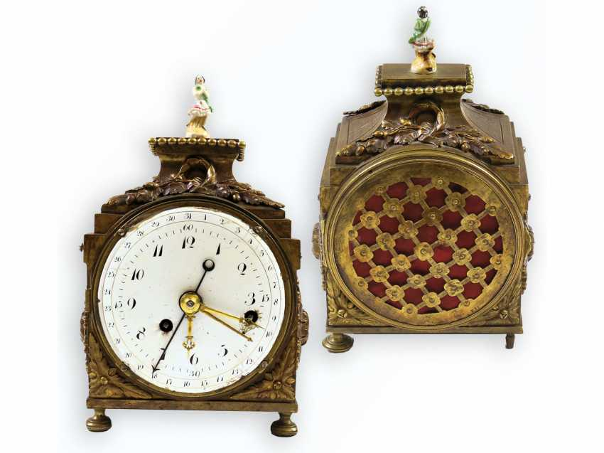 Desk clock/travel clock: a very rare, highly complicated officer's travel clock, probably Samuel Frederic R. No. 8732, Berlin at the end of 18. Century, watchmaker to the court of king Friedrich Wilhelm III of Prussia - photo 1