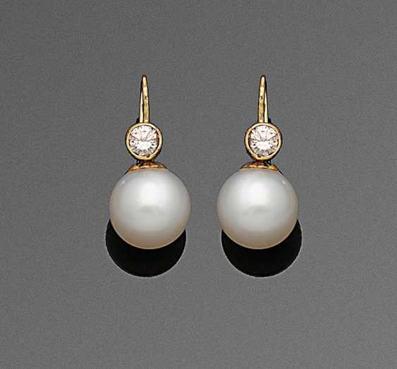 Pair of classic South sea pearl earrings with diamonds - photo 1