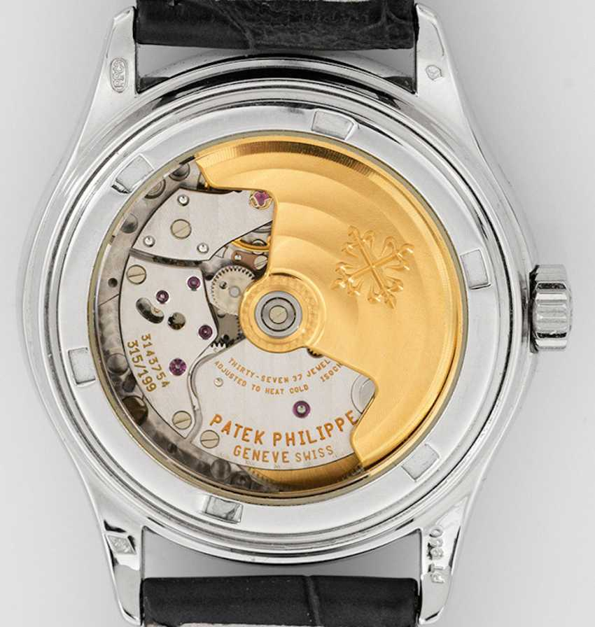 Mens wrist watch by Patek Philippe with perpetual calendar - photo 2