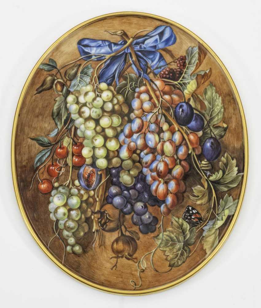 Porcelain medallion life with fruit still - photo 1