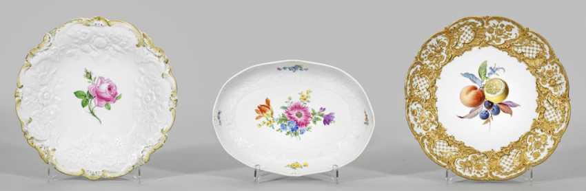 Magnificent plate and two Zierschalen - photo 1