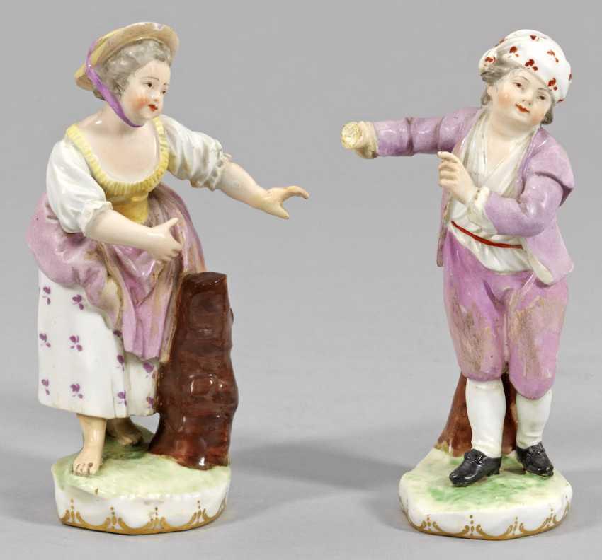 Pair Of Figures Of Children - photo 1
