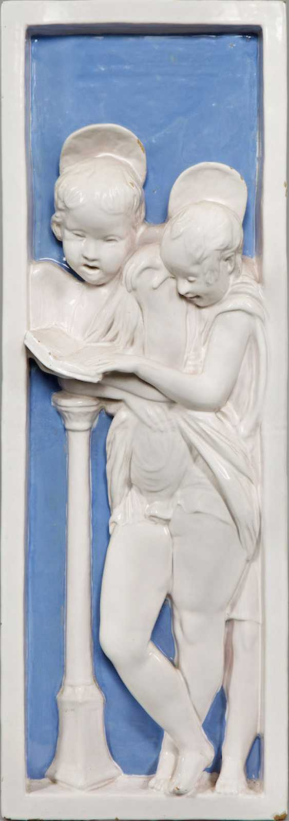 Relief with angels - photo 1