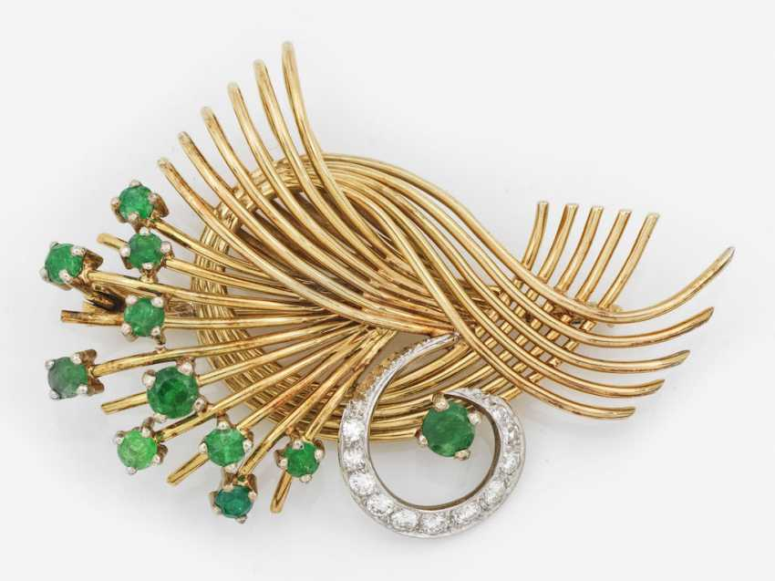Emerald brooch from the 50s - photo 1