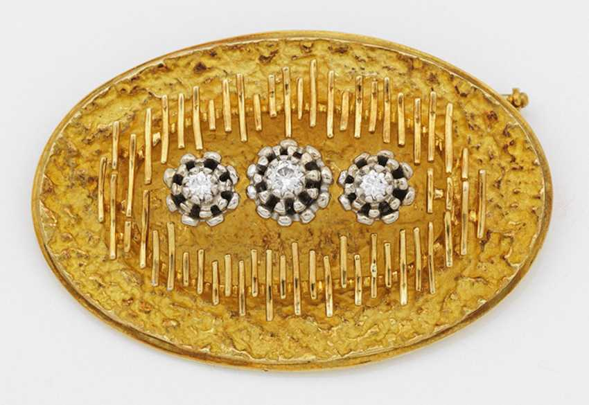 Designer-brooch with brilliant finishing from the 70s - photo 1