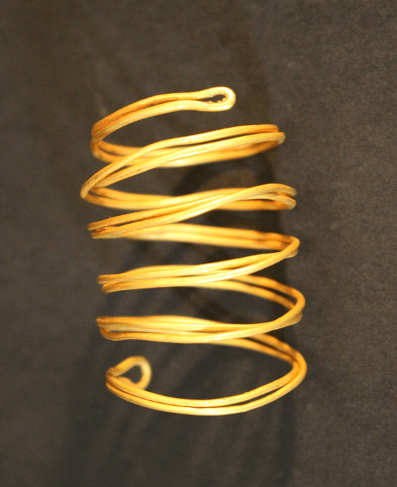 Four gold spiral bands, possibly bronze age - photo 3