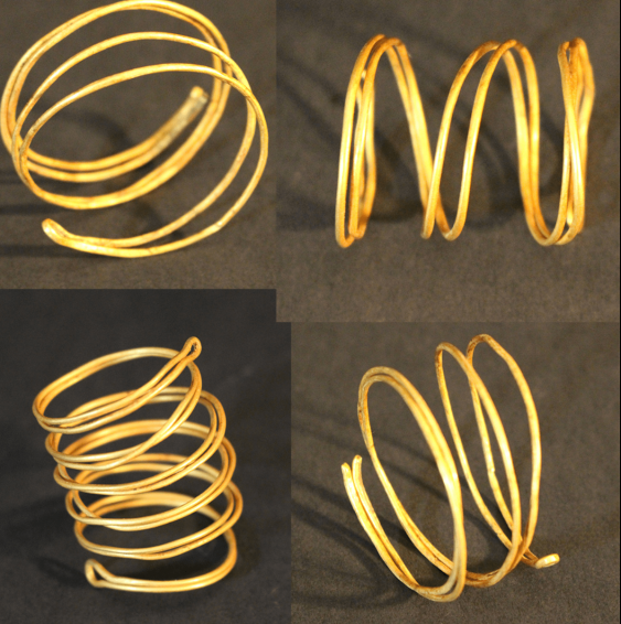 Four gold spiral bands, possibly bronze age - photo 1