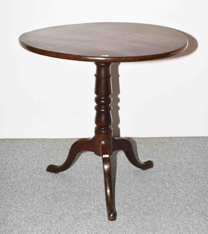 Tripod Table - photo 1