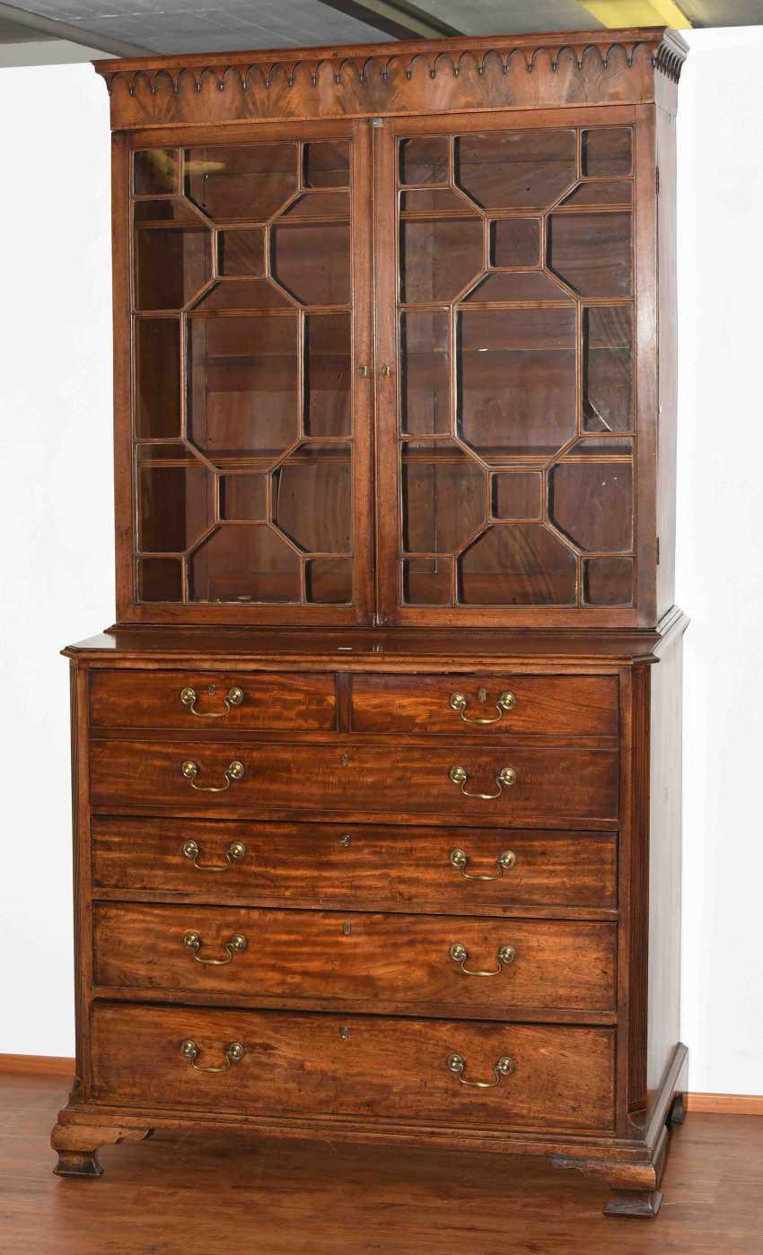 Essay furniture - photo 1