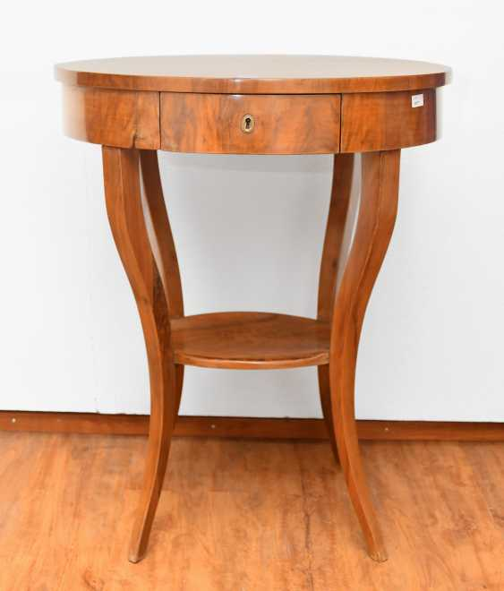 Sewing table - photo 1