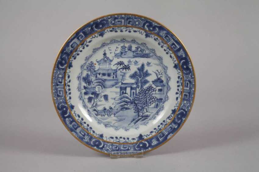 Plate and bowl in blue painting - photo 4