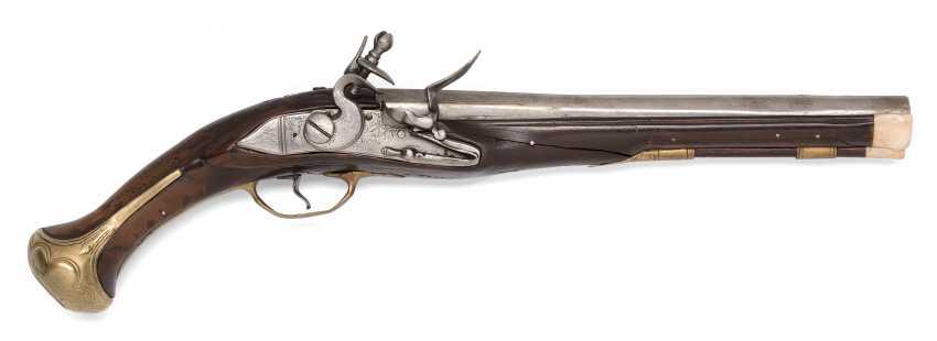 Flintlock pistol - photo 1