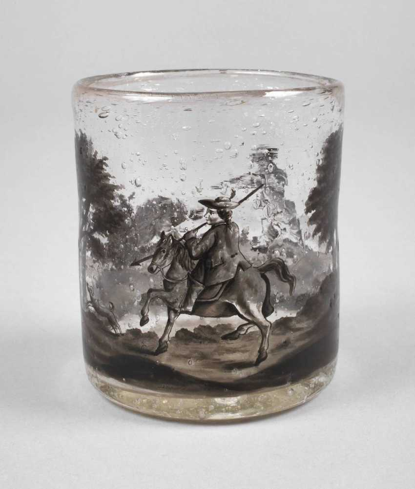 Wine glass with black painting - photo 1