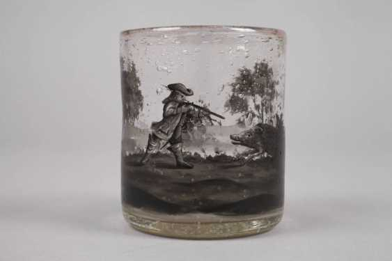 Wine glass with black painting - photo 2