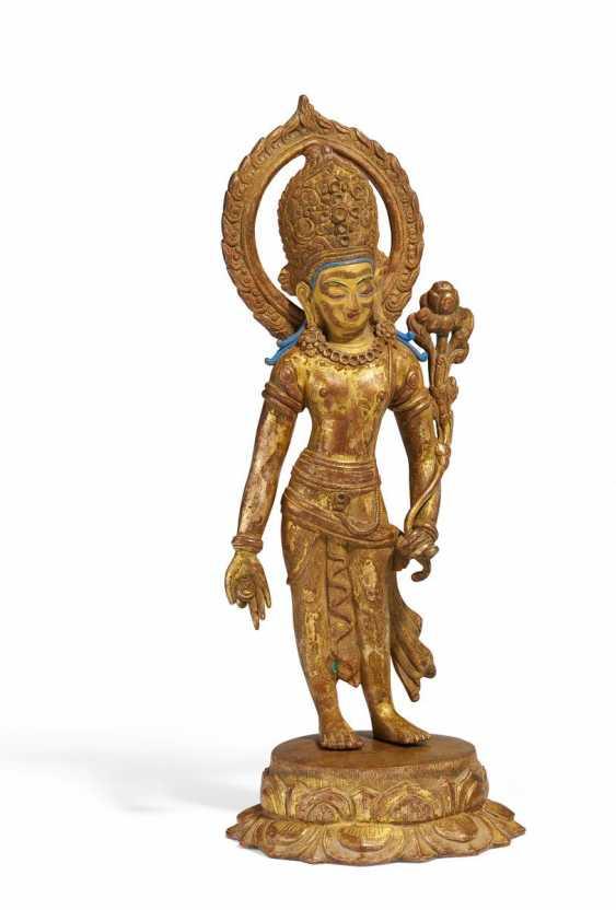 Standing Lokeshvara - photo 1