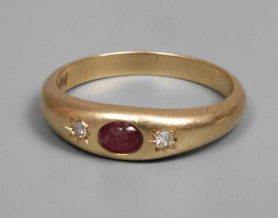 Small ladies ring with ruby - photo 1