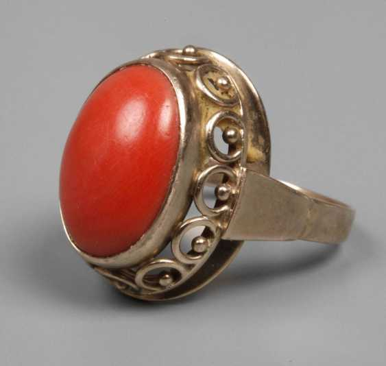 Ladies ring with coral - photo 1