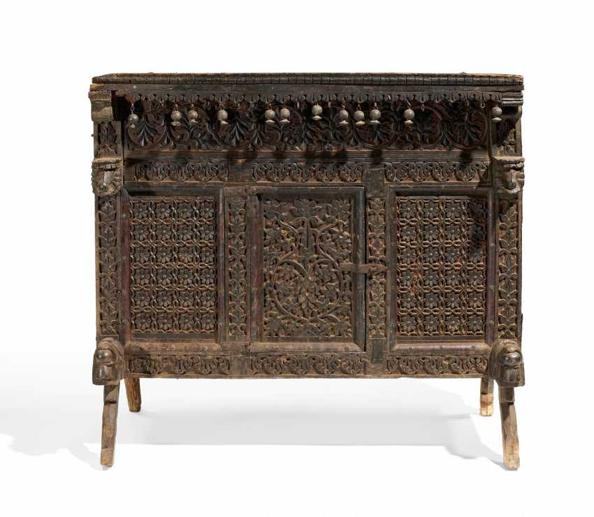 Chest for a dowry - damchiya - photo 1