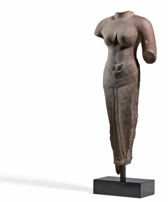 Torso of a female deity - photo 1