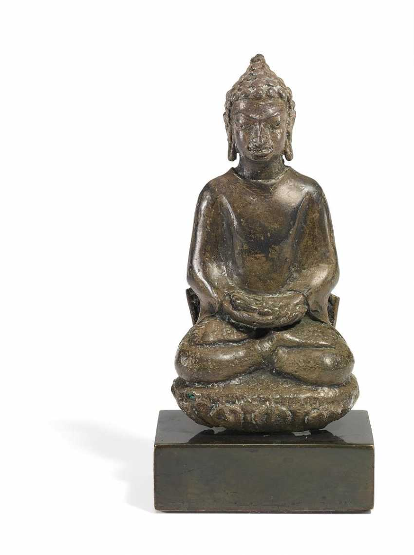 Rare and important Buddha in Meditation - photo 1
