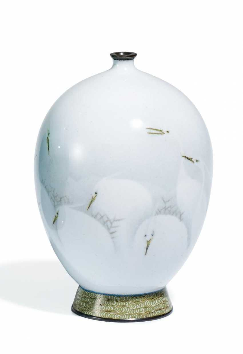 Small Vase with white herons - photo 1