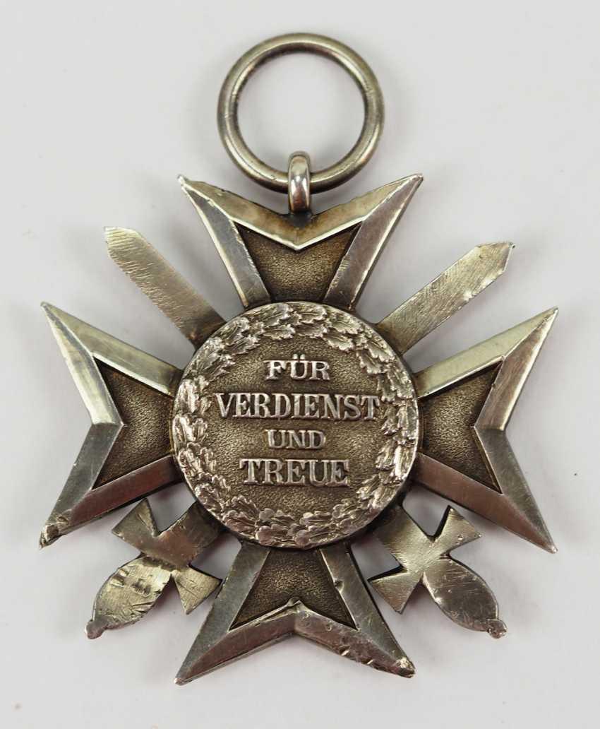 Saxony Civil Merit Order, 2. Model (1911-1918), cross of merit with swords. Silver, polished edges. - photo 2