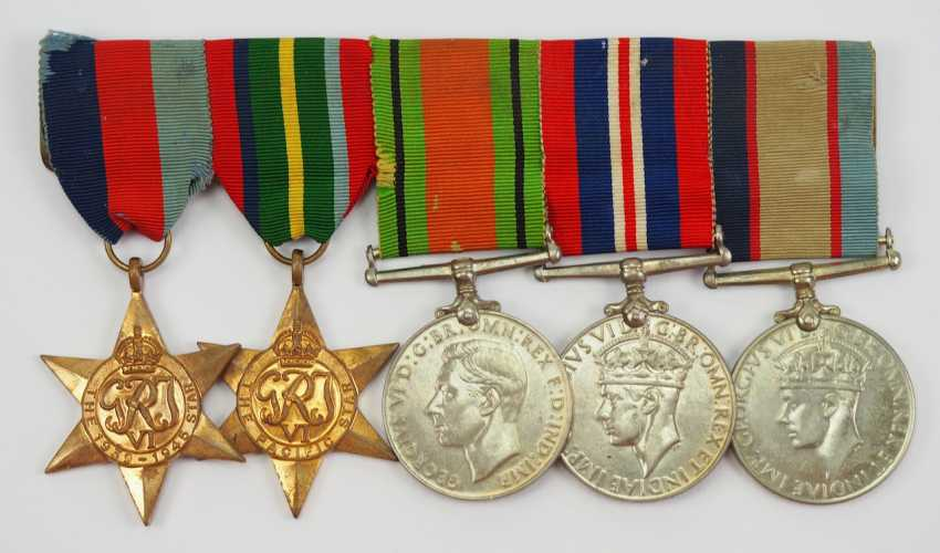 Australia: Great medalbar with 5 decorations. - photo 1